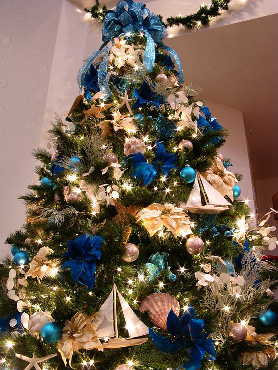 всем красивое украшение новогодней елки фото перми есть